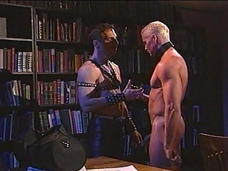 Sexy leather sensation fetish with muscled gay hunks