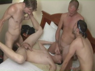getting 4 dicks in his arse