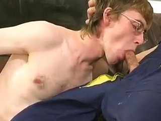 Homo plumber uses his Rock hard pipe to fill a str8 guy\\\'s Mouth and firm a-aperture