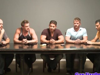 Cumshot loving bear in muscle group